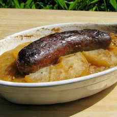Bratwurst With Apples, Onion, and Sauerkraut