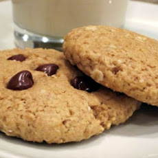 Vegan Peanut Butter Chocolate Chip Oatmeal Cookies