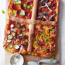 Four-in-one Pizza With Dough Stick Dividers