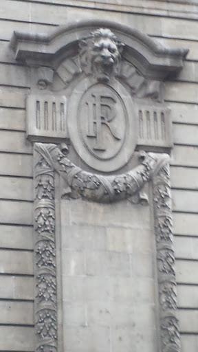 Facade Tête De Lion