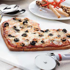 Be-My-Valentine Pizza