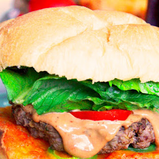 Toasted Jalapeno Cheddar Bun Burgers with BBQ Mayo