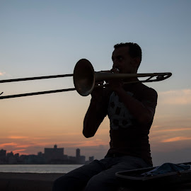 the trumpet player by Manuela Olivia Zatta - People Musicians & Entertainers