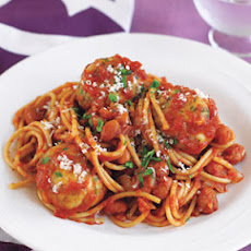 Spaghetti and Turkey Meatballs in Tomato Sauce