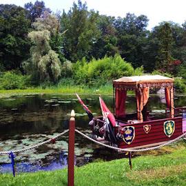by Elisa Romano - Transportation Boats