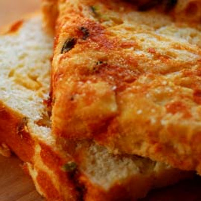 Jalapeno Cheese Bread (adapted from a Sheila Lukins recipe found in the Houston Chronicle)