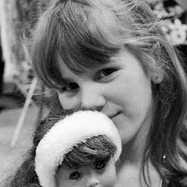 This is my beautiful niece Jenny.  Got to visit with her Mom and Grandma at a craft show at Ancaster fairgrounds.  Her Grandma Lydia makes absolutely gorgeous jewellery. by Denise Dunkley Hall - Babies & Children Children Candids (  )