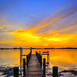 Bradenton sunset by Diane Ljungquist - Novices Only Landscapes