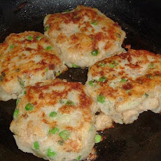 New England Potato & Salmon Cakes