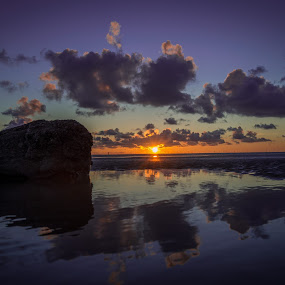 beach sunset by Gareth Fleming - Landscapes Sunsets & Sunrises ( sky, sunset, beach, sun )