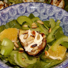 Spinach, Fig, and Goat Cheese Salad With Orange Honey Dressing