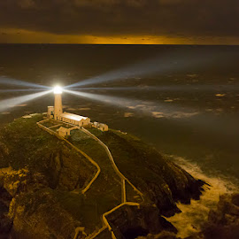 South Stack Lighthouse by Peter Krocka - Buildings & Architecture Public & Historical ( lights, uk, wales, lighthouse, sea, seascape )