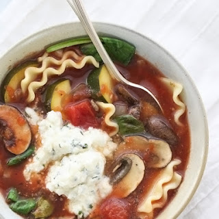 Slow Cooker Vegetarian Lasagna Soup