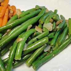 Onion & Garlicky Green Beans