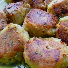 Potato Cakes With Tuna Filling (Batata Charp)