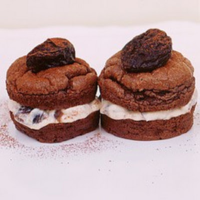 Squidgy Chocolate Cakes with Prunes in Marsala