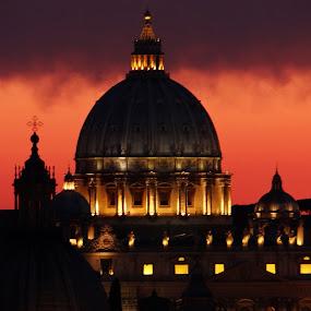 Vaticano by Lidia Noemi - Buildings & Architecture Public & Historical ( religion, vaticano, nubes, iluminacion, noche,  )