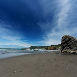 by Shiva Sharifi - Landscapes Beaches ( oregon, beaches, sand, sky )