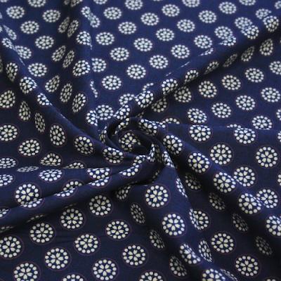 acheter tissu de coton japonais kyoko bleu roubaix chez tissus papi dilengo. Black Bedroom Furniture Sets. Home Design Ideas