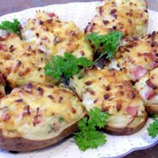 Potatoes Stuffed With Ham and Gruyere