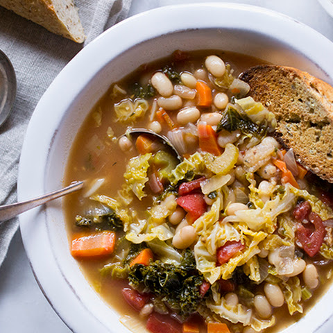 Tuscan Kale and White Bean Soup in The Crockpot