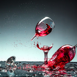 Fly of ... by Todor Lichev - Abstract Water Drops & Splashes ( abstract art, wine glass, glass, artistic objects )
