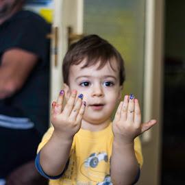 Cezar  by Făsui Alex - Babies & Children Hands & Feet