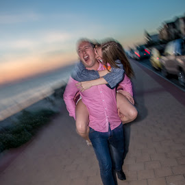 by Martin Lowe - People Couples ( walking, hodar, adelaide, mclaren vale, beach, portrait )
