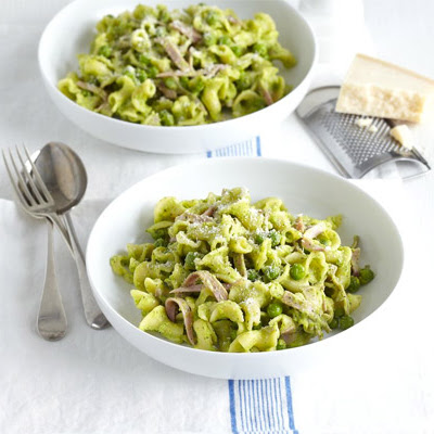 Pasta With Ham & Minty Pea Pesto