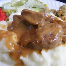 Crock Pot Beef Tips With Creamy Gravy