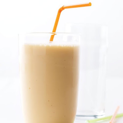 Nectarine-Yogurt Smoothie