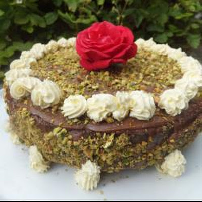 White And Dark Chocolate Pistachio Cake