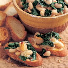 Crostini with White Beans, Garlic and Tuscan Kale
