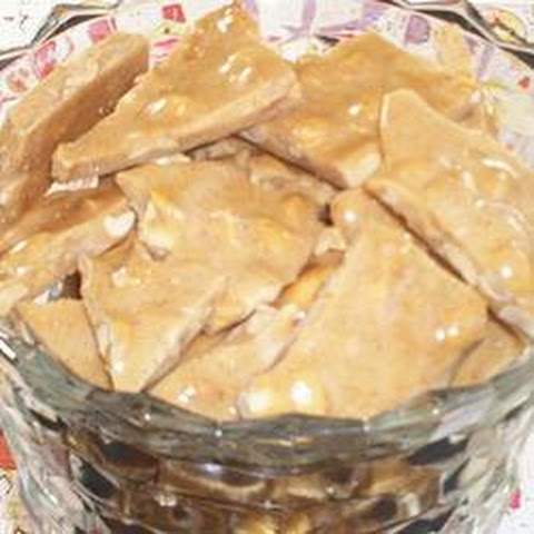 Hot Cinnamon Peanut Brittle