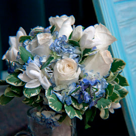by Valerie Higgs - Wedding Details ( bouquet, wedding bouquet, flowers, wedding details, roses and forget-me-knots, flower )