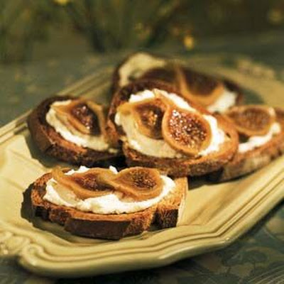 Fig Toasts