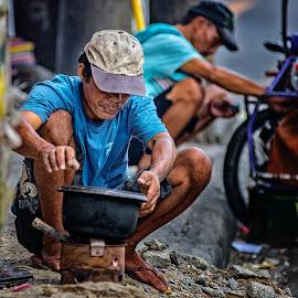 pagtak-ang  by JO Villacorta - People Portraits of Men ( #cebu, #carbonmarket )
