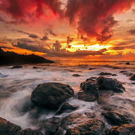 prasi by Raung Binaia - Landscapes Waterscapes