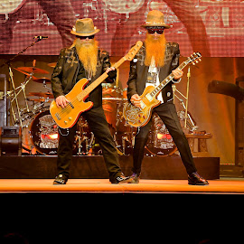 ZZ Top by John Slot - People Group/Corporate (  )