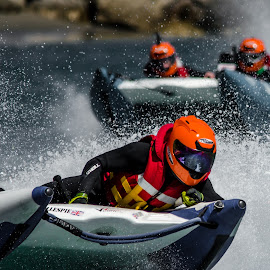 Thundercat racing by Jean-Marc Schneider - Sports & Fitness Motorsports ( gibraltar, mer, action, couleurs, sport nautique )