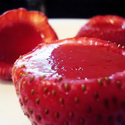 Strawberry Jello Shots Like You Won't Believe!