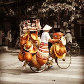 by Shanty Shantet - People Street & Candids ( hanoi, photography, travel, people, vietnam, art, 2014 )