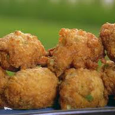 Allium Hush Puppies with Shrimp,Jalapenos and Lemon Scallion Aioli