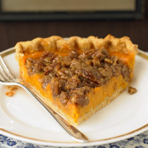 Sweet Potato Pie With Pecan Streusel Recipe — Dishmaps