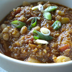 White Bean and Quinoa Chili
