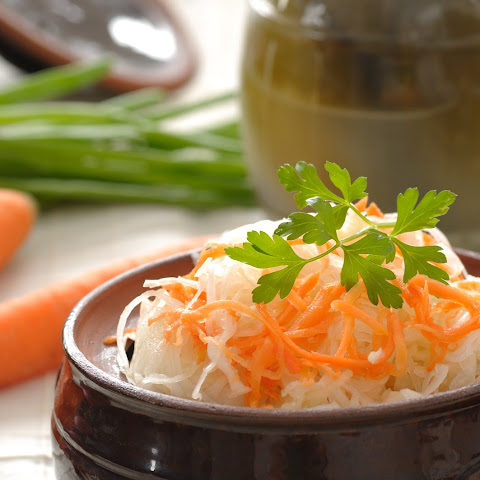 Raw Sauerkraut (Fermented Cabbage)