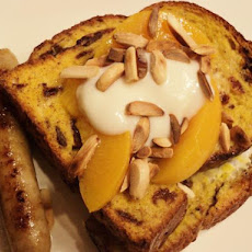 Oven-Baked French Toast With Peaches