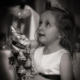 Bridesmaid.... by Graham Markham - Wedding Reception ( mr&mrs, yateley, wedding, hotel casa, bride, groom, amanda, kevin )