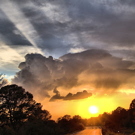 A  Beautiful  Days  End by Jo Gonzalez - Landscapes Cloud Formations ( clouds, sunset, landscape )