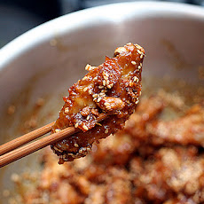 Korean Sweet and Spicy Chicken Wings